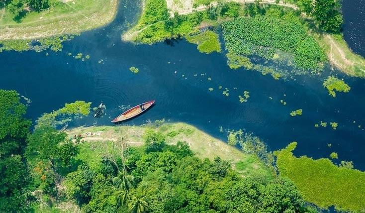 تصاویر خلاقانه خلبان بنگلادشی از کشورش