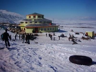 Khoshaku Ski Resort
