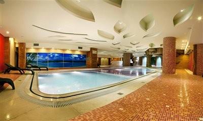 مجموعه ورزشی هتل شیراز