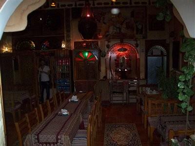 رستوران سرای مهر