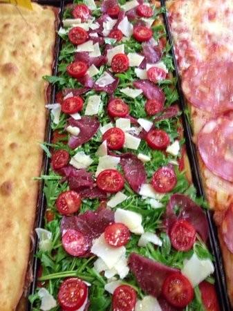 پیتزا فروشی موتزارلا