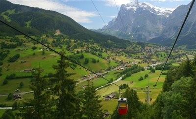 Heyran Gondola lift