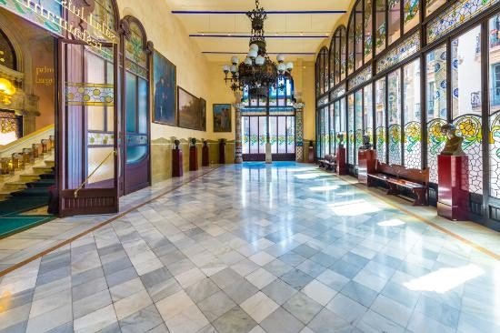 قصر موسیقی اورفئو کاتالان