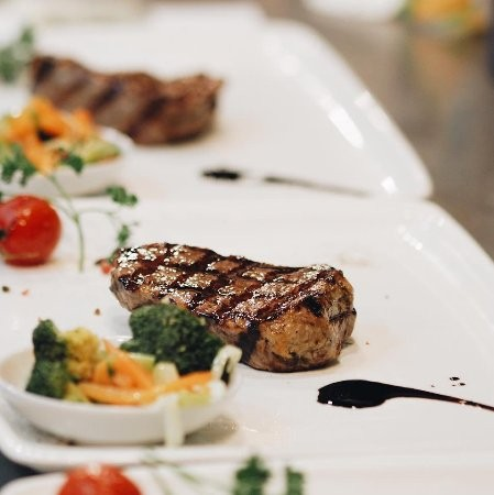 رستوران بونو گود تایمز بیچ