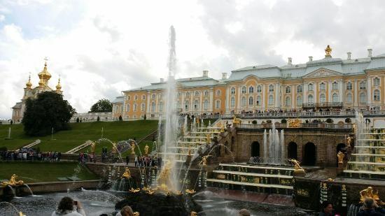 کاخ بزرگ پترهوف