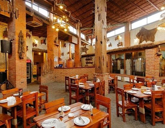 رستوران تاگلاورا
