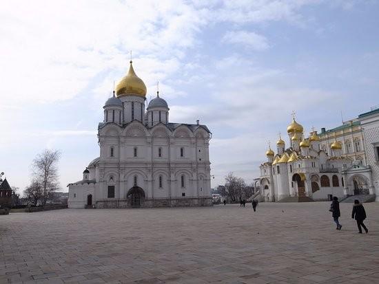 میدان کلیسا