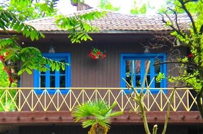 باغ رستوران چوبی ژیویر
