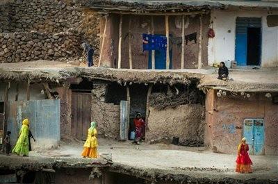 Sar Aqa Seyyed Village