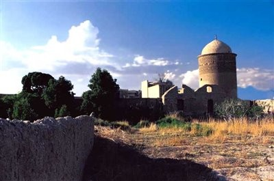 مقبره پیر علمدار