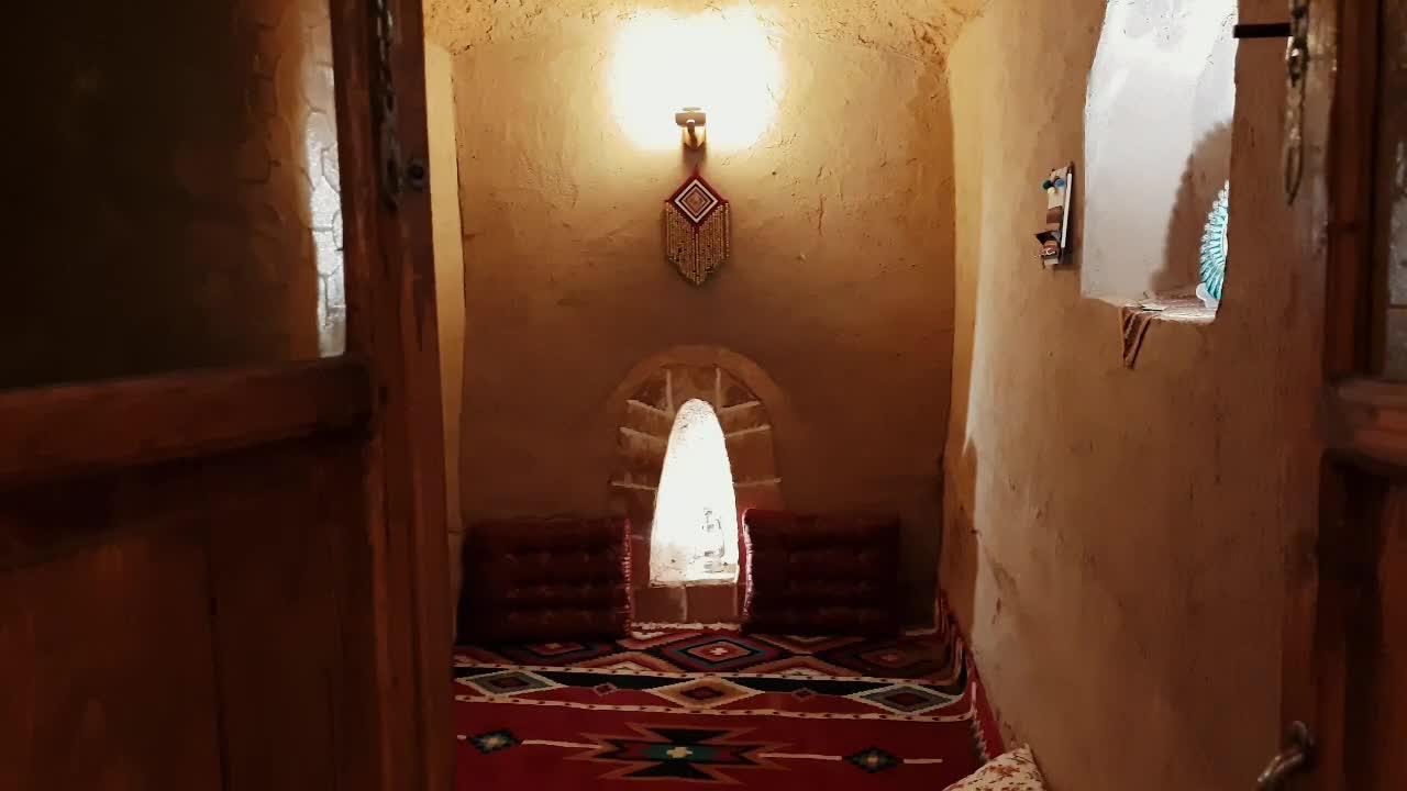 اقامتگاه بومگردی نخل و نرگس روستای کریت