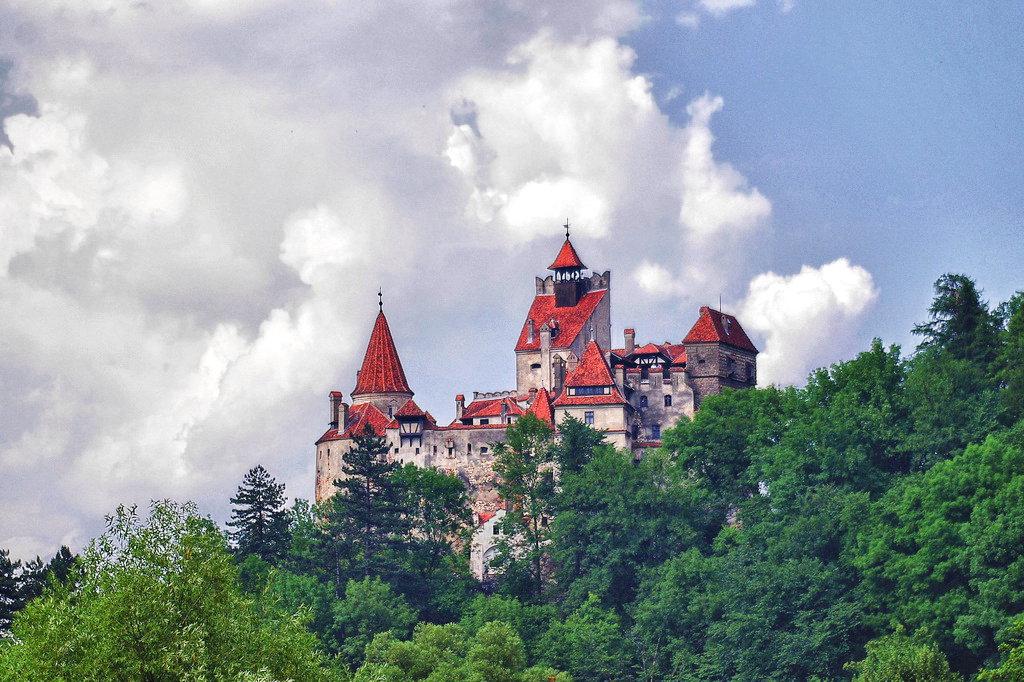 9 دلیل برای بازدید از پایتخت رومانی ، بخارست