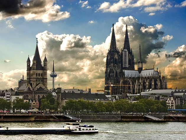کلیسای جامع کلن ، بازمانده از جنگ جهانی دوم + تصاویر