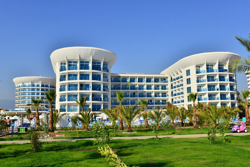 هتل و اسپا سلطان آو دریمز