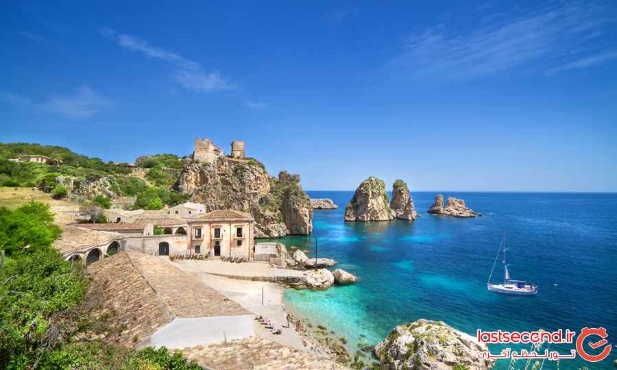 اسکوپلو ، دهکده ای ساحلی در ایتالیا 