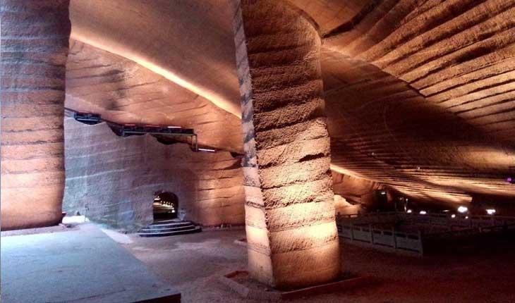 ماجرای غار زیرزمینی اسرار آمیز چین 