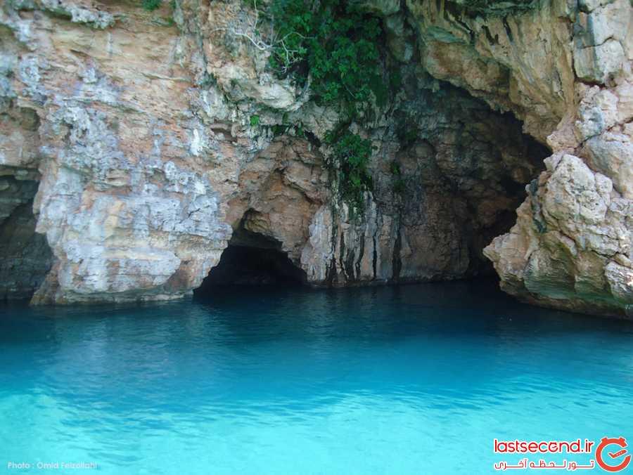 گشت با کشتی غار داخل دریا
