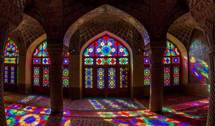 زیباترین پنجره ها با شیشه های رنگی در جهان 