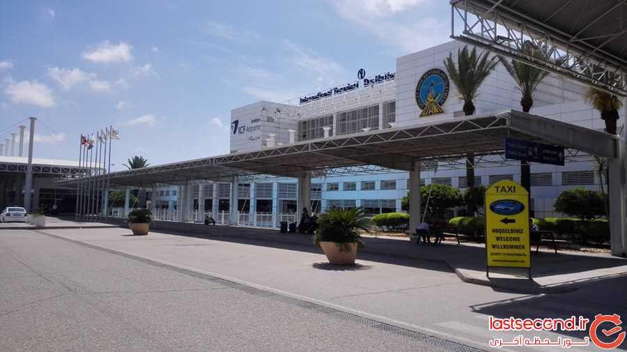 فرودگاه آنتالیا و ایستگاه تاکسی ها