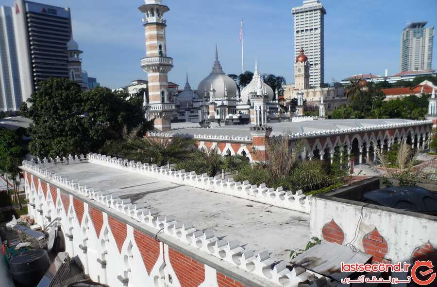 مسجد جامع کنار هتل ما