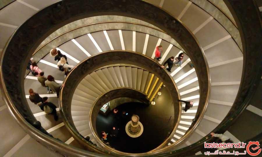 پله های مارپیچ موزه واتیکان