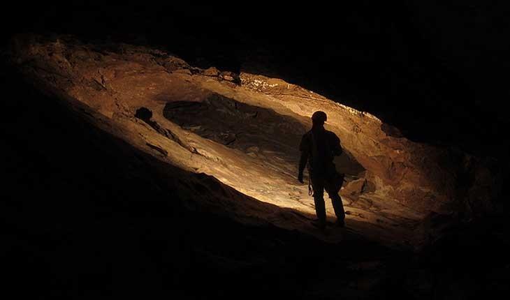 بازی با مرگ در مخفوف ترین غار ایران 
