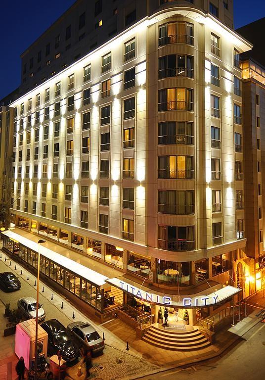 هتل تایتانیک سیتی