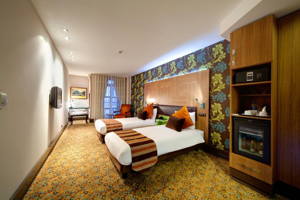 هتل کوناک