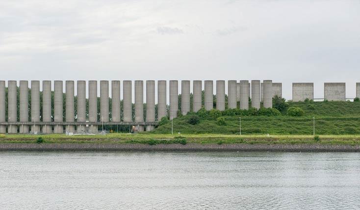 جاذبه ای عجیب به نام دیوار باد در هلند