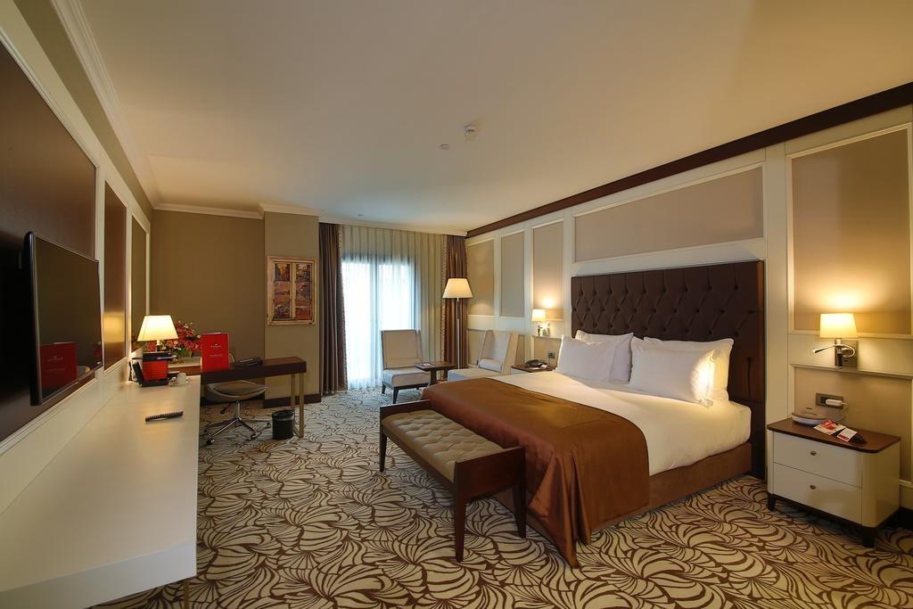 هتل رامادا و سوئیت استانبول مرتر