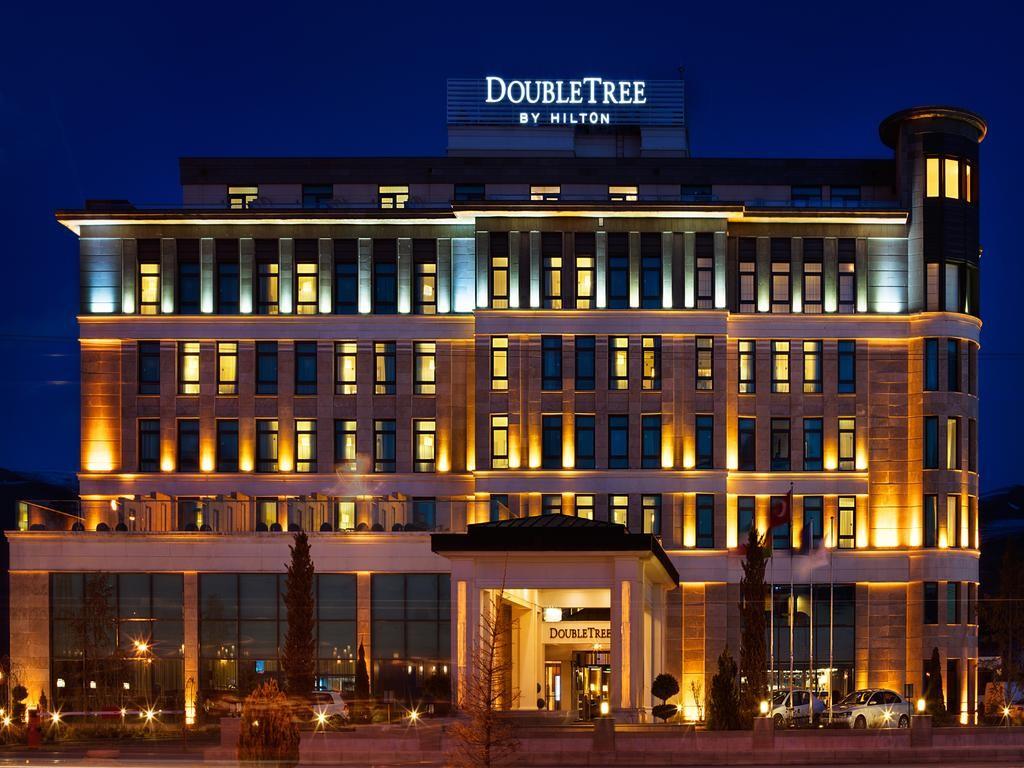 هتل دابل تری بای هیلتون وان