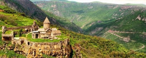 تور ارمنستان آبان 96