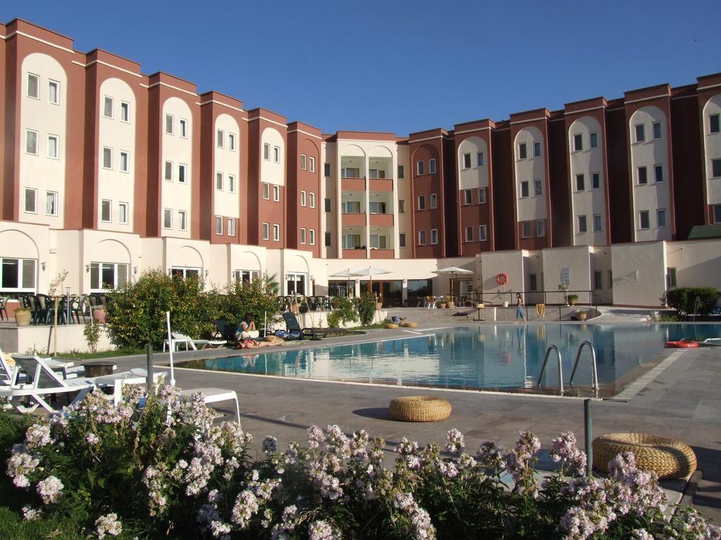 هتل آوراسای