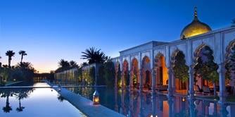 سفر به سرزمین خانه های سفید ملحق شده به آبی ماژورله ای آسمان (مراکش)