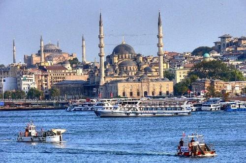 تور استانبول 24 آبان 98