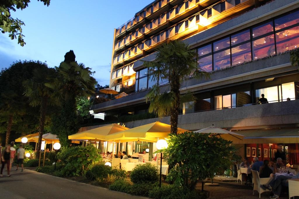 هتل رویال پلازا مونترو