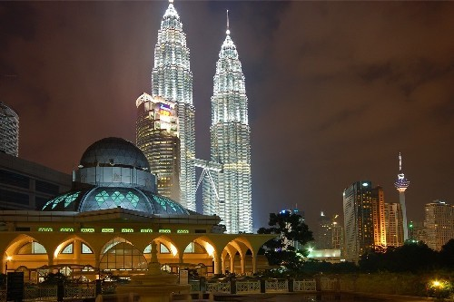 تور مالزی+ سنگاپور نوروز 99