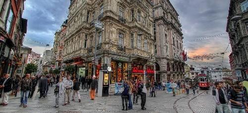 تور استانبول آذر 98