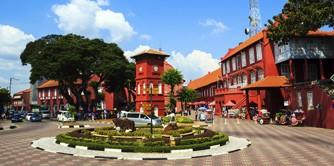 سفر به شبه جزیره مالایی همزمان با جشن دیوالی (سفرنامه مالزی)