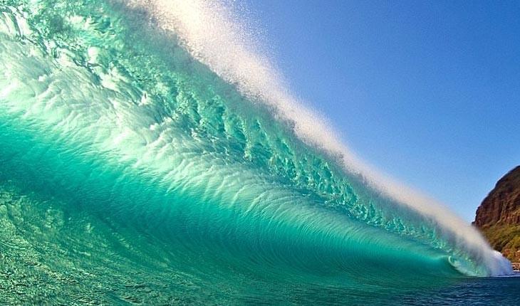تصاویر خارق العاده از امواج خروشان  دریا 