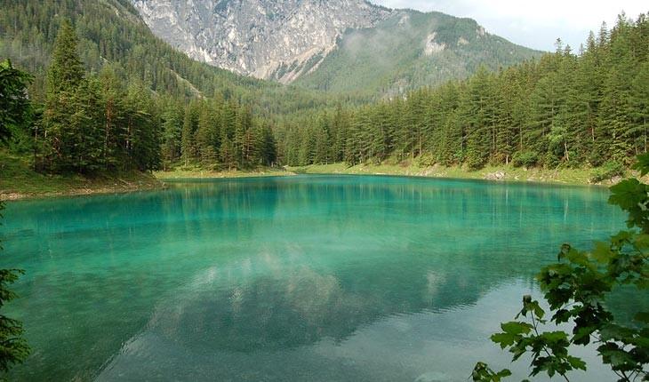   دریاچه ای جادویی در اتریش که در فصل زمستان ناپدید می شود
