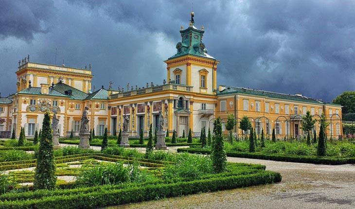 ورشو ، پایتخت لهستان که بارها از مرگ به زندگی بازگشته است 