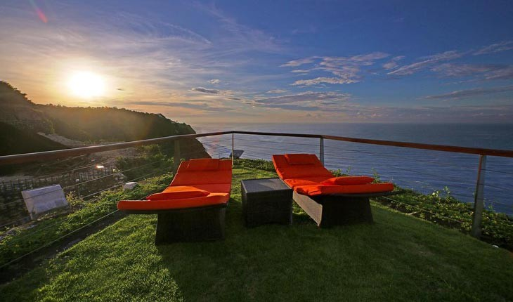 هتل اج (The Edge) ، اقامت در لبه صخره ها در بالی  