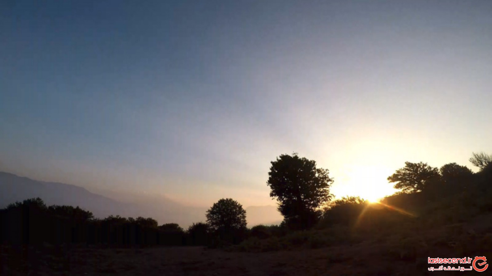 تماشای نقاشی خداوند در آسمان های ایران