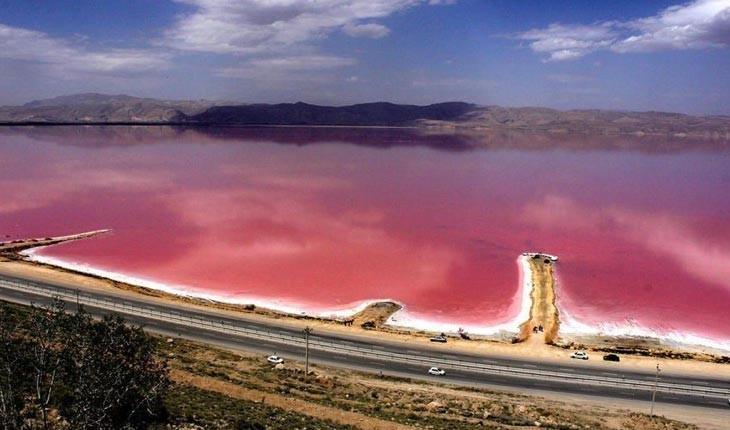  مهارلو ، دریاچه نمک به رنگ خون در شیراز