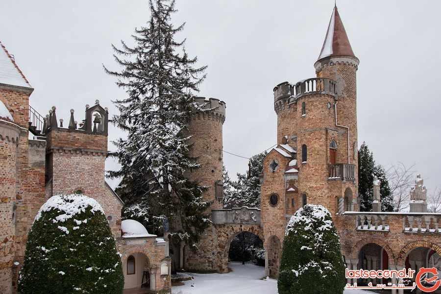 قلعه بوری , تاج محل مجارستان