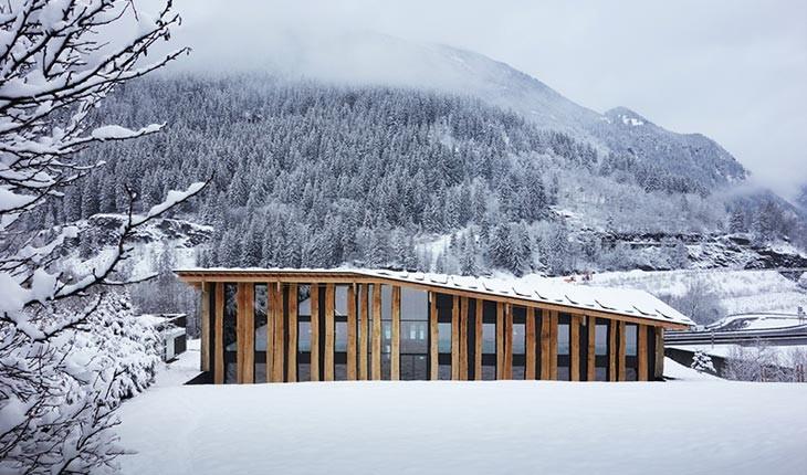 خارق العاده ترین ساختارها در دل کوهستان 