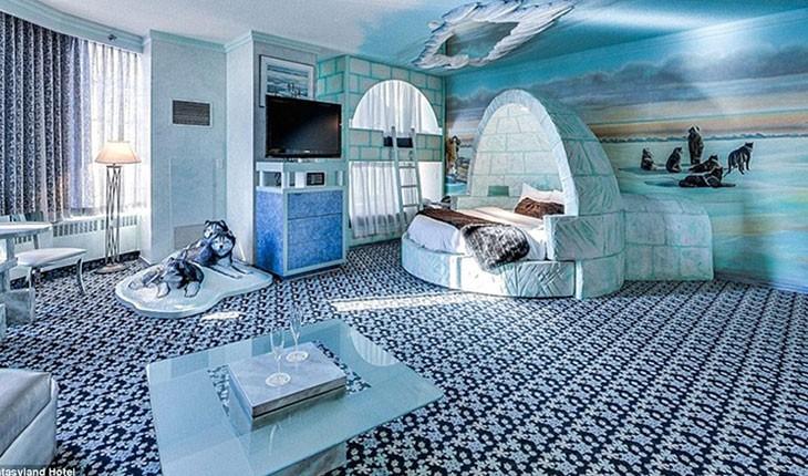 فانتزی لند ، هتلی با عجیب ترین اتاق ها در کانادا