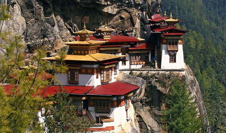 تایگرز نست (Tiger's Nest ) ، اقامتگاهی زیبا در دل کوههای بوتان 