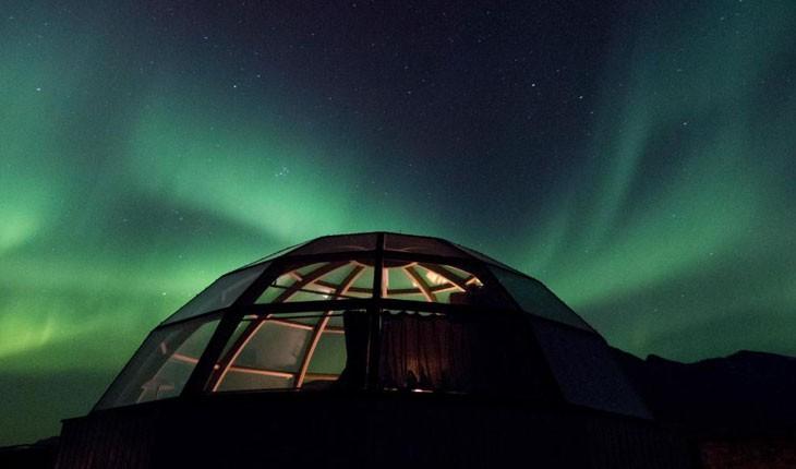 لینجن نورت ، هتلی خارق العاده برای تماشای آسمان رنگی نروژ